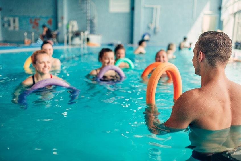 cvičenie vo vode alebo aqua fitness vie poriadne rozhýbať každého plavca aj neplavca
