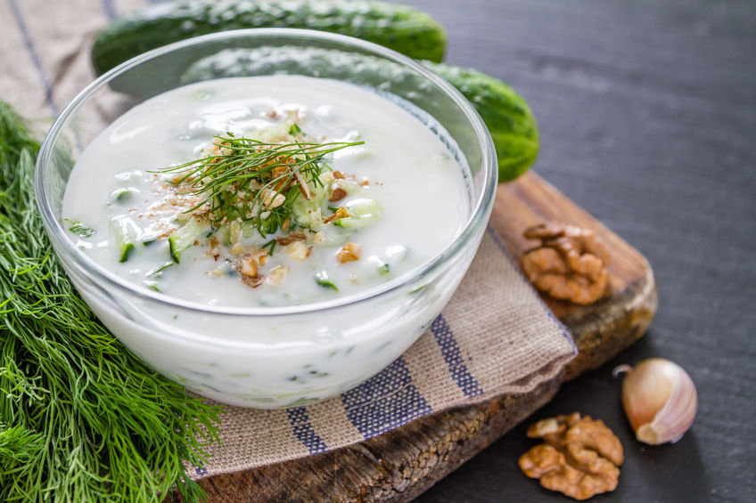 Uhorková polievka s jogurtom