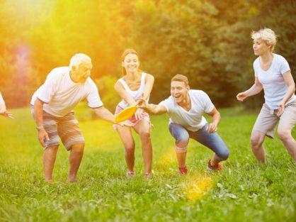 Frisbee: letná zábava pre celú rodinu - Wellness Magazín