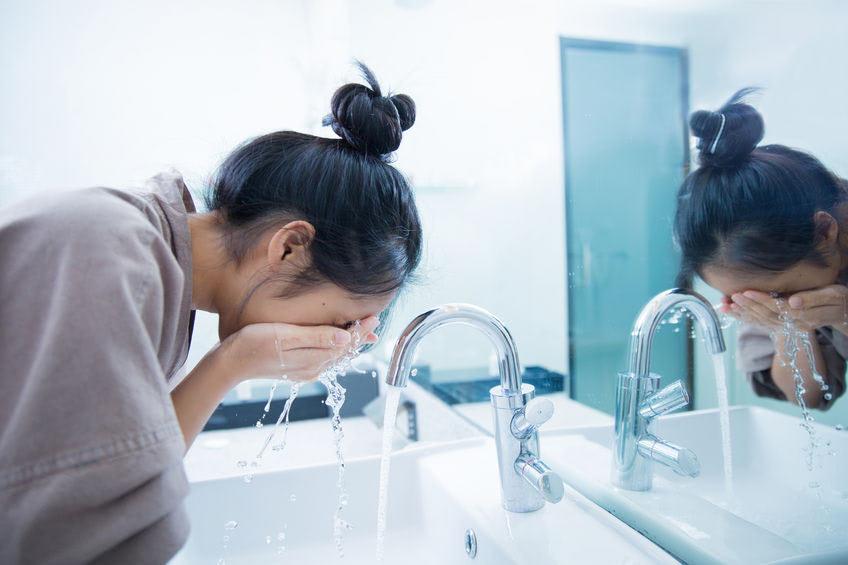 Nezabúdajte pri starostlivosti o pleť na dôkladné čistenie