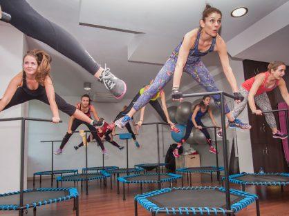 Jumping - originálne skupinové cvičenie na trampolíne - Wellness Magazín