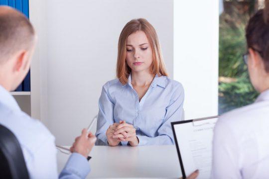 Žena na pracovnom pohovore - Wellness Magazín