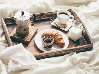 Teplé raňajky, ktoré vás zahrejú na cestu do práce - Wellness Magazín