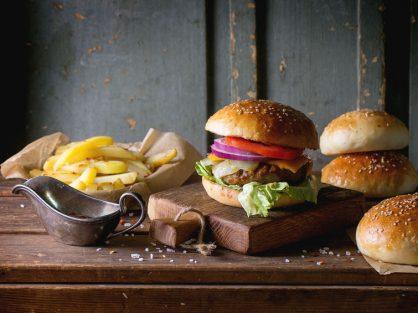 Domáci hamburger v domácej žemli - Wellness Magazín