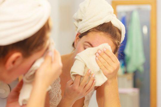 Chyby, ktoré zapríčiňujú suchú pleť a pokožku - Wellness Magazín