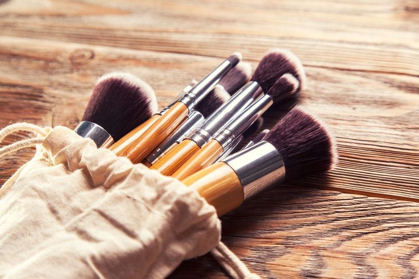 Ako čistiť stetce na make-up