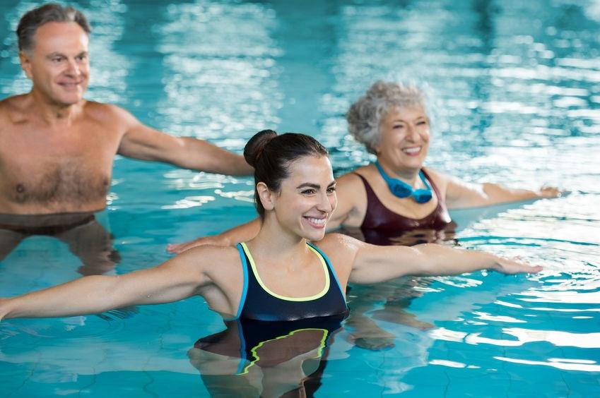 Aqua aerobic vodne cvicenie v skupine