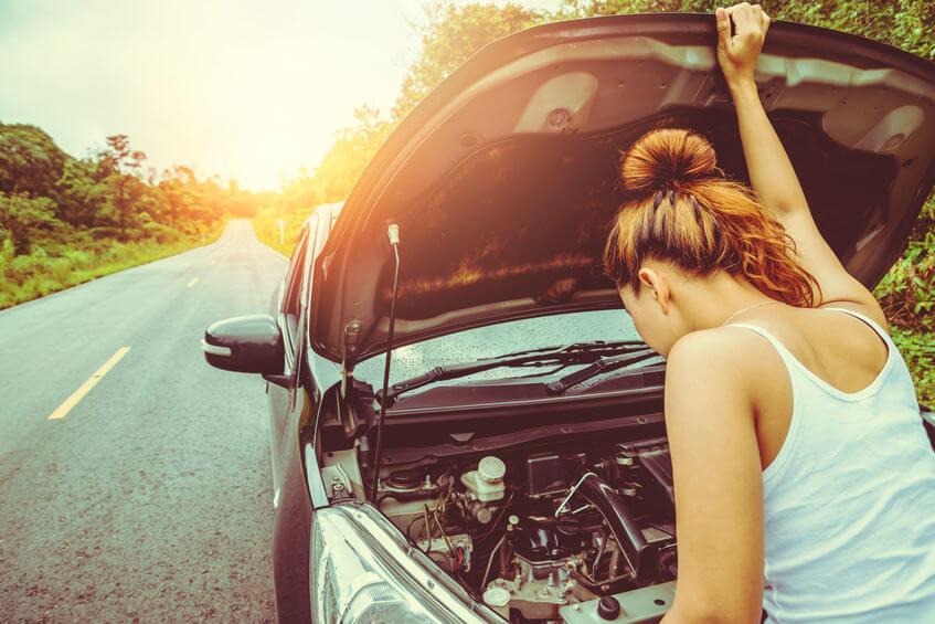 Ak sa chystáte na dlhú jazdu autom, nezabudnite vopred skontrolovať, či má vaše auto všetko v poriadku