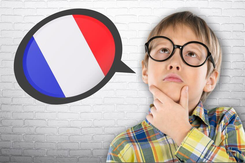 Bilingválna výchova môže u detí predstavovať zo začiatku zmätok vo výbere primárneho jazyka