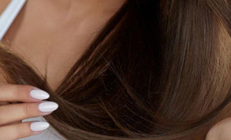 keratín pomáha vlasom spevňovať ich a zaručiť objem