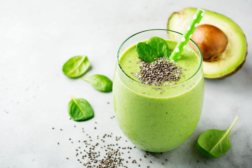 zdravou formou, ak nahrádzať kofeín môže byť aj ovocné či zeleninové smoothie