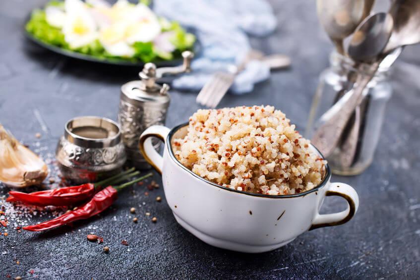 Quinoa je považovaná za najzdravšiu potravinu na svete a uvarená je vhodná ako príloha k rôznym jedlám