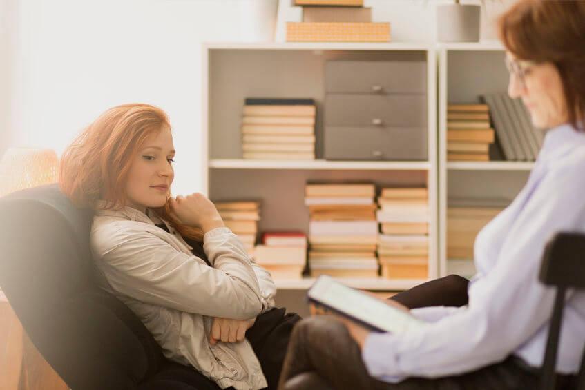 Žena u psychológa.