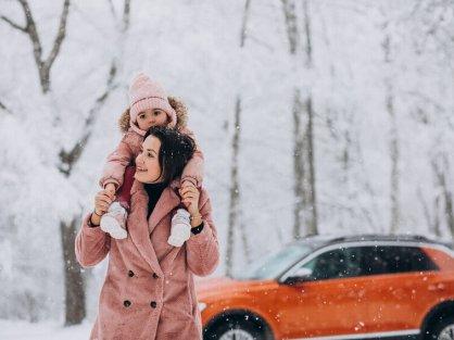 Matka s dcérou cez zimu