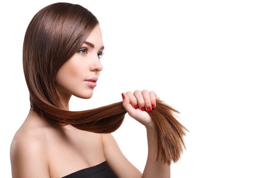 Žena a dlhé vlasy