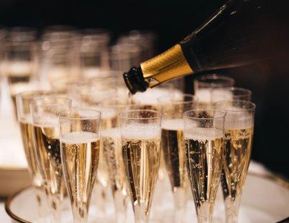 Oslava a šampanské