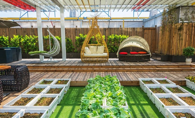 Inšpirácia na dekorácie, doplnky a vychytávky na zútulnenie si záhrady a terasy.