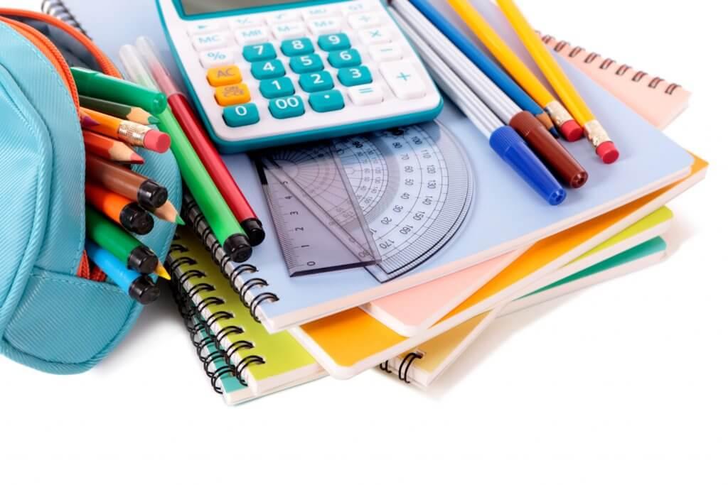 školské_potreby_perá_ceruzky