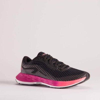 športové oblečenie_fitness oblečenie_oblečenie na jogu_dámske oblečenie_pánske oblečenie_bežecké tenisky
