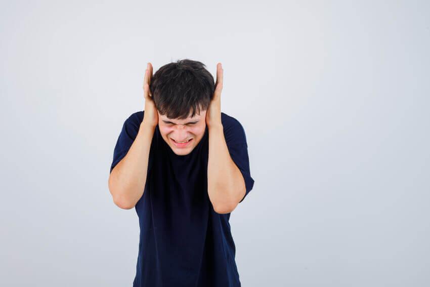 problémový tínedžer_adolescent_dospievanie